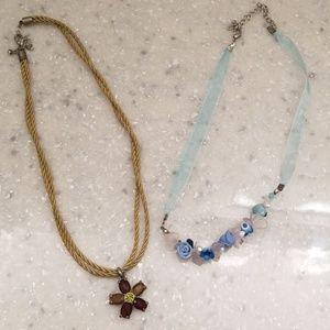 🌼Flower necklaces!